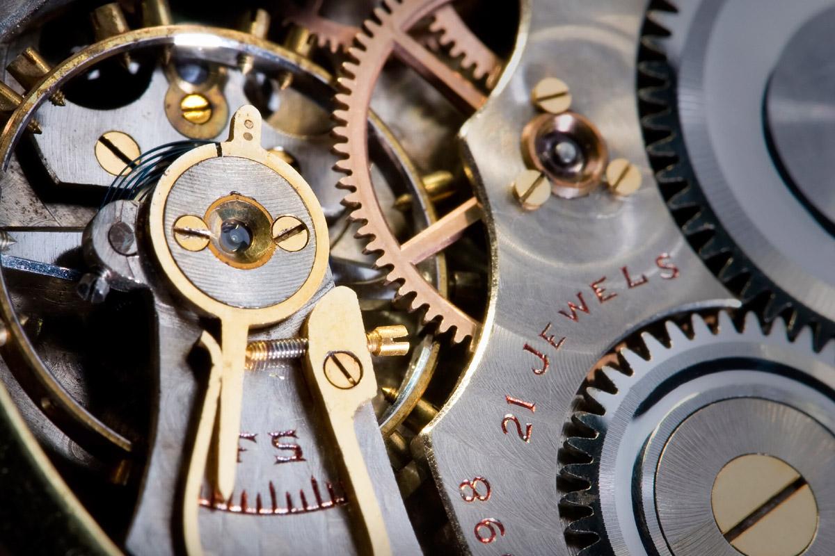 機械式時計のムーブメント