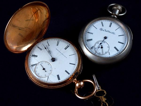 壊れた懐中時計